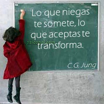 Frases Psy: lo que niegas... (Jung)